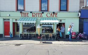 Ritz Cafe, millport